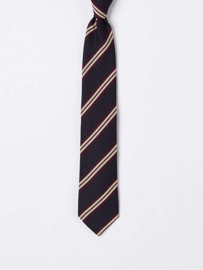 Jaquard silk necktie with  bordeaux stripes