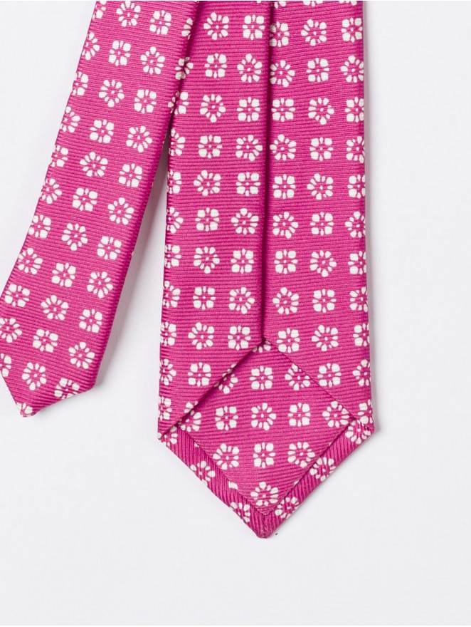 Printed silk necktie with magenta design