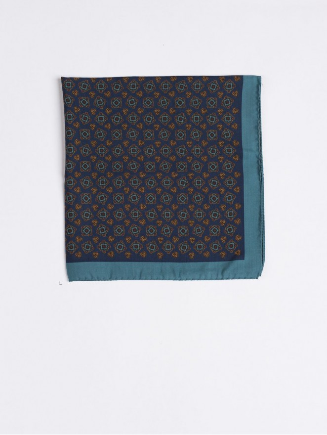 Silk and wool foulard