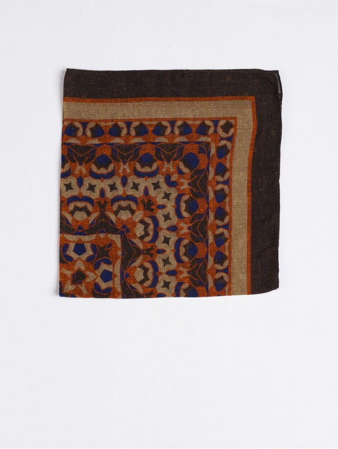 cashmere and wool foulard with orange and brown design