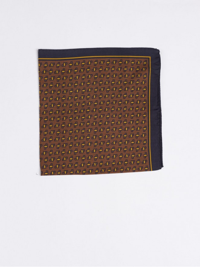 Silk and wool foulard with brown design