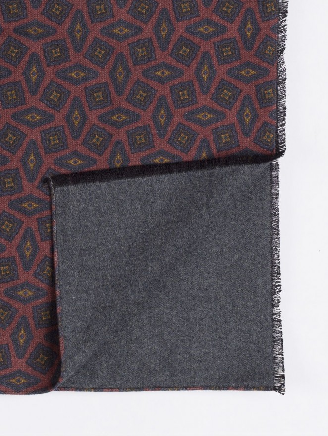 Silk brushed printed scarf double face with brown design
