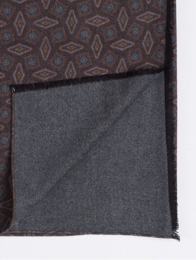 Silk brushed printed scarf double face with dark brown design